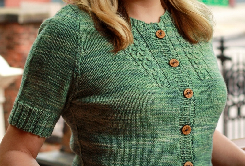 Annabel Lee cardigan pattern by Kristen Jancuk, MediaPeruana Designs. Part of the Charm City Knits collection.