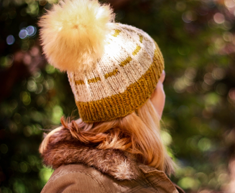 Rayado hat knitting pattern, shown in Brookly Tweed Quarry yarn