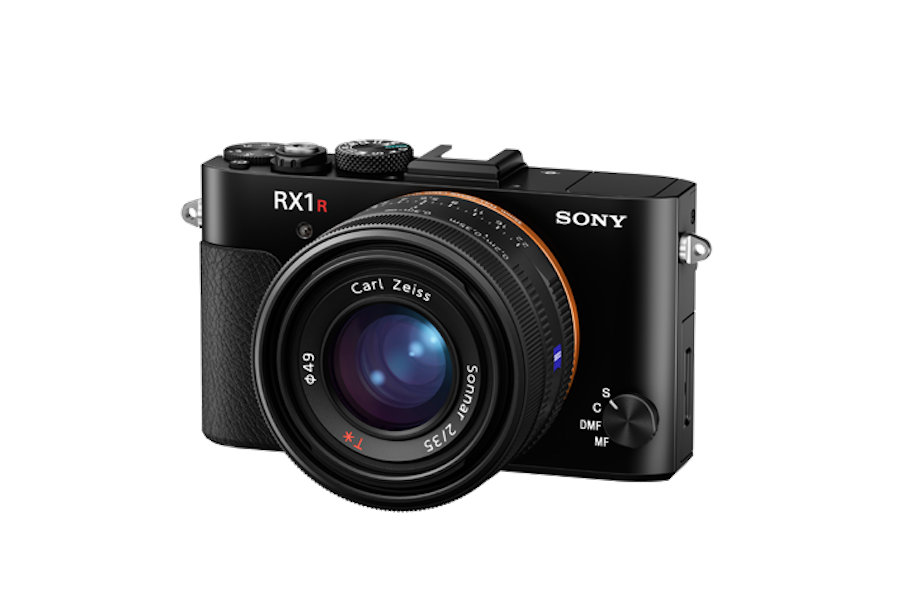 sony-rx1r-ii-camera-front.png