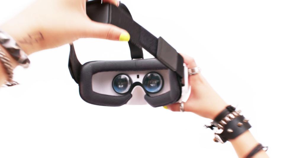 VR 3.jpg