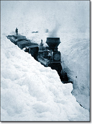https://commons.wikimedia.org/wiki/File:Train_stuck_in_snow.jpg