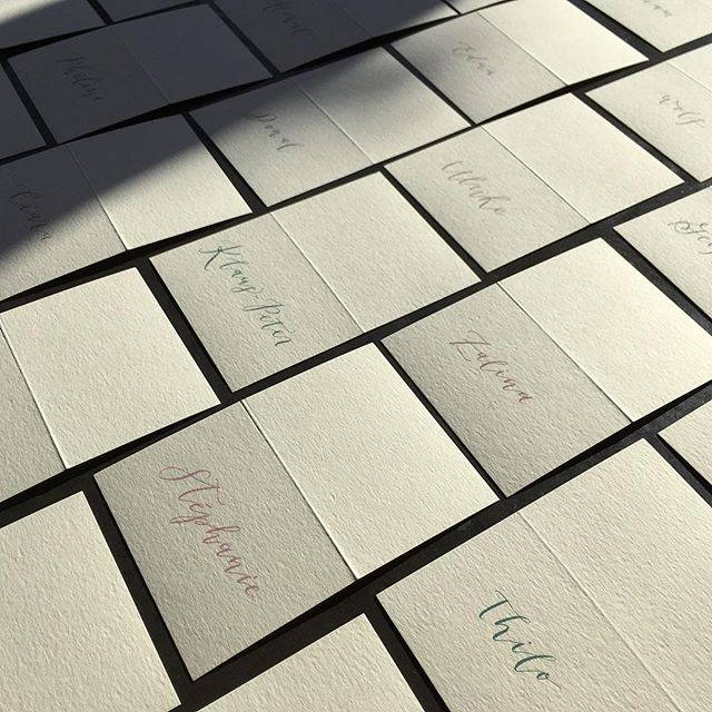 These place cards are headed to a wedding in beautiful County Cork, Ireland ☘️ | p.s. workshop with @fowl98862 this weekend in the Methow (clayandink.com/workshops), in case you hadn't heard 😜 #clayandink #moderncalligraphy . . . . . . #weddingideas #weddinginvitation #weddingescortcards weddingplacecards #escortcards #placecards #placecard #namecard #namecards #nametag #nametags #weddinginireland #irishwedding #cork #countycork #countycorkireland #ireland #corkireland #cream #ecru #grlue #dustyrose #palepink #blushpink #millenialpink #thilo #thatsdarling #simpleisbest #weddinginvites
