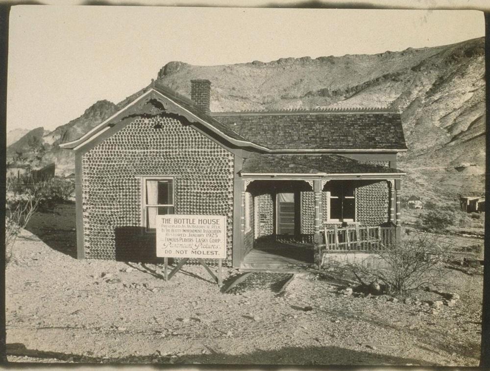 Archival photo from 1926, the Bancroft Library, University of California, Berkeley