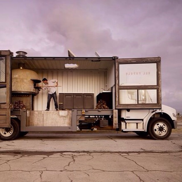 San Fransisco's mobile pizzeria made from a 20' shipping container