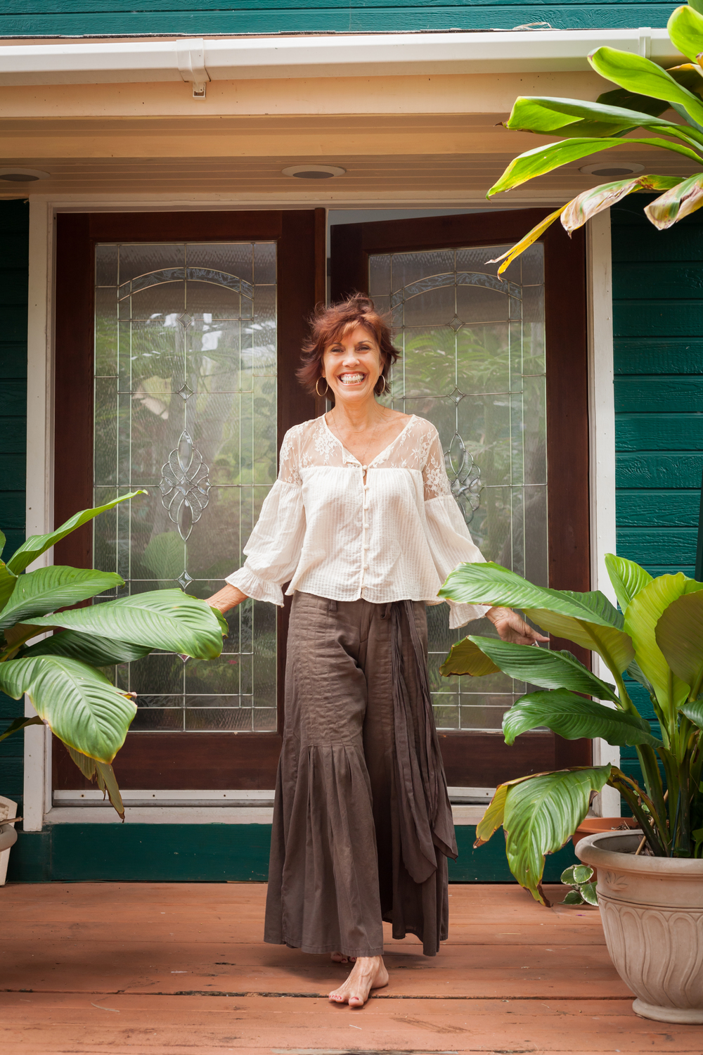 Susan Teton at home in Maui, Hawaii. Currently in her 7th decade, Susan is living proof of what life looks like when you love yourself and take care of your body by making eating and living well a daily spiritual practice.