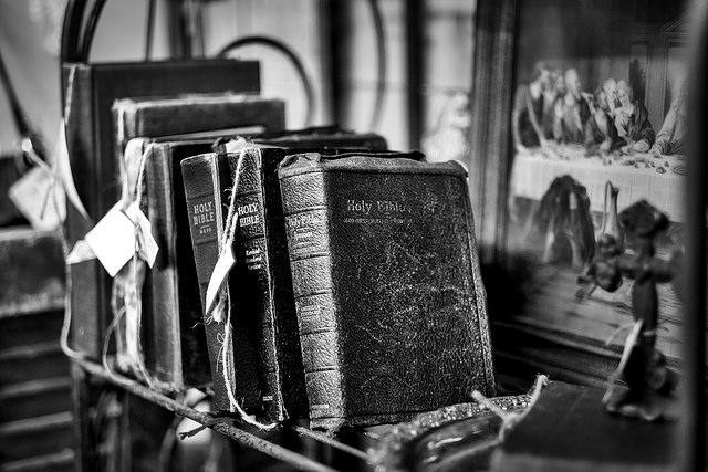 Old Bibles by Ken Rowland. http://ow.ly/X6uHX  Used in original form by CC license.