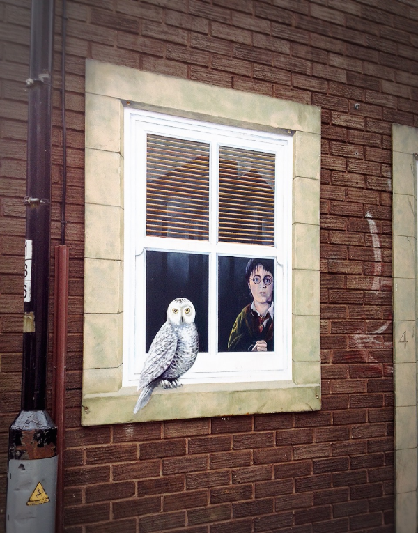 Image by  Kelly Chang , town window of Knaresborough