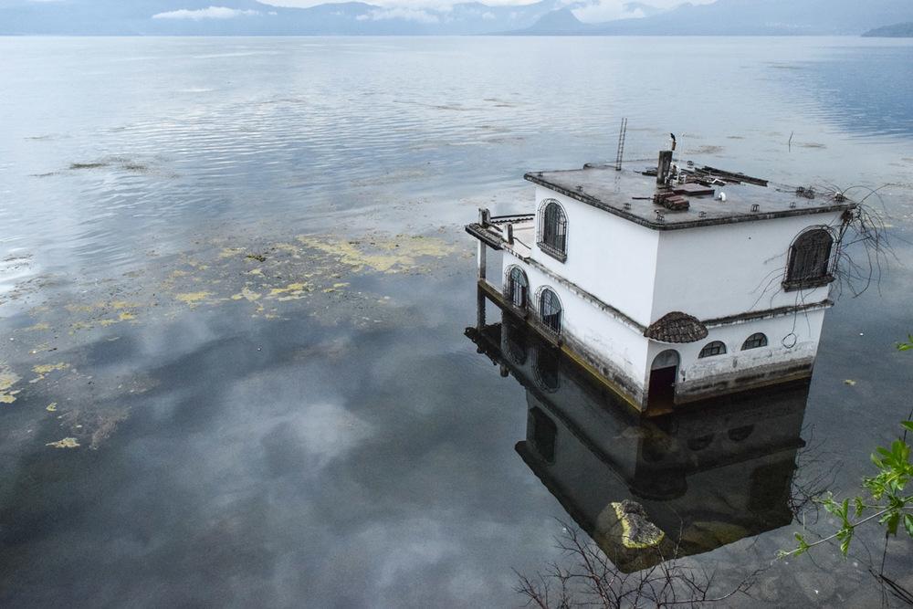 LakeAtitlan-1-16.jpg