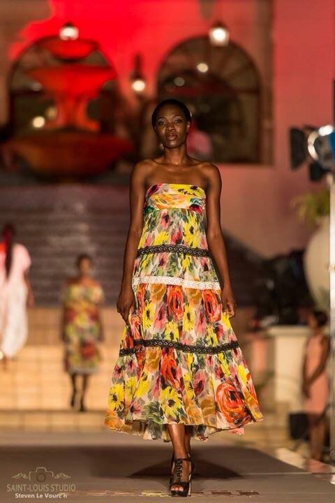 Mozambico Sfilata_3b.jpg