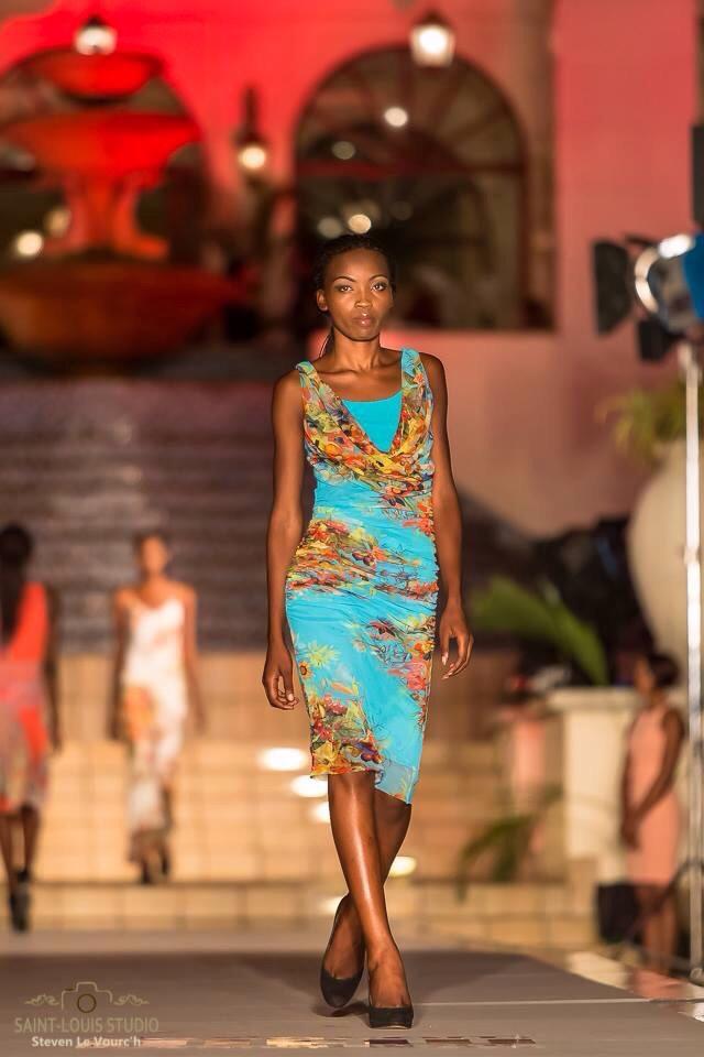 Mozambico Sfilata_11b.jpg