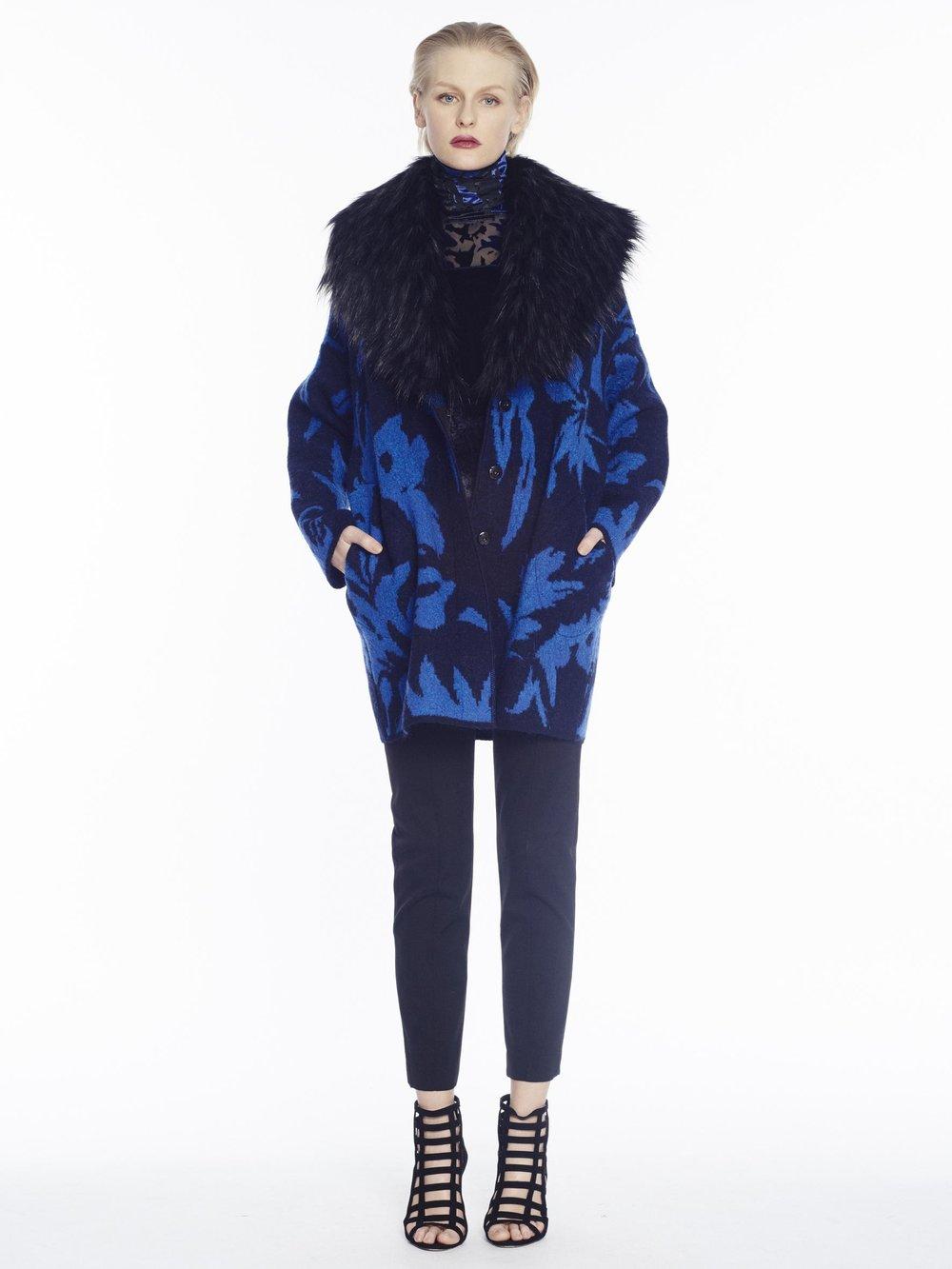 F71503 cappotto - F71630 t-shirt c/alto m/l - F71749 pantalone