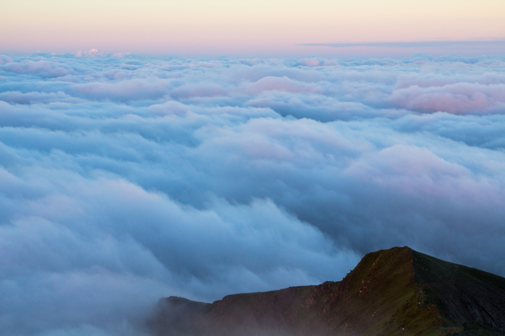 A blanket of cloud beneath Snowdon at dawn