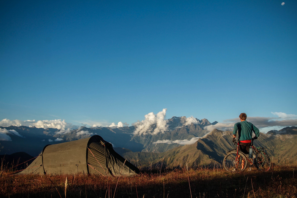 Camping at 4,000m in the Cordillera Salkantay