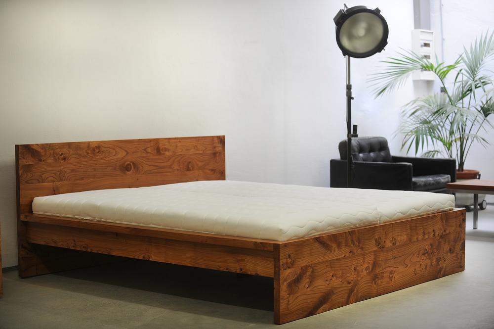 Bett Cortina, aus sensationeller Rüster