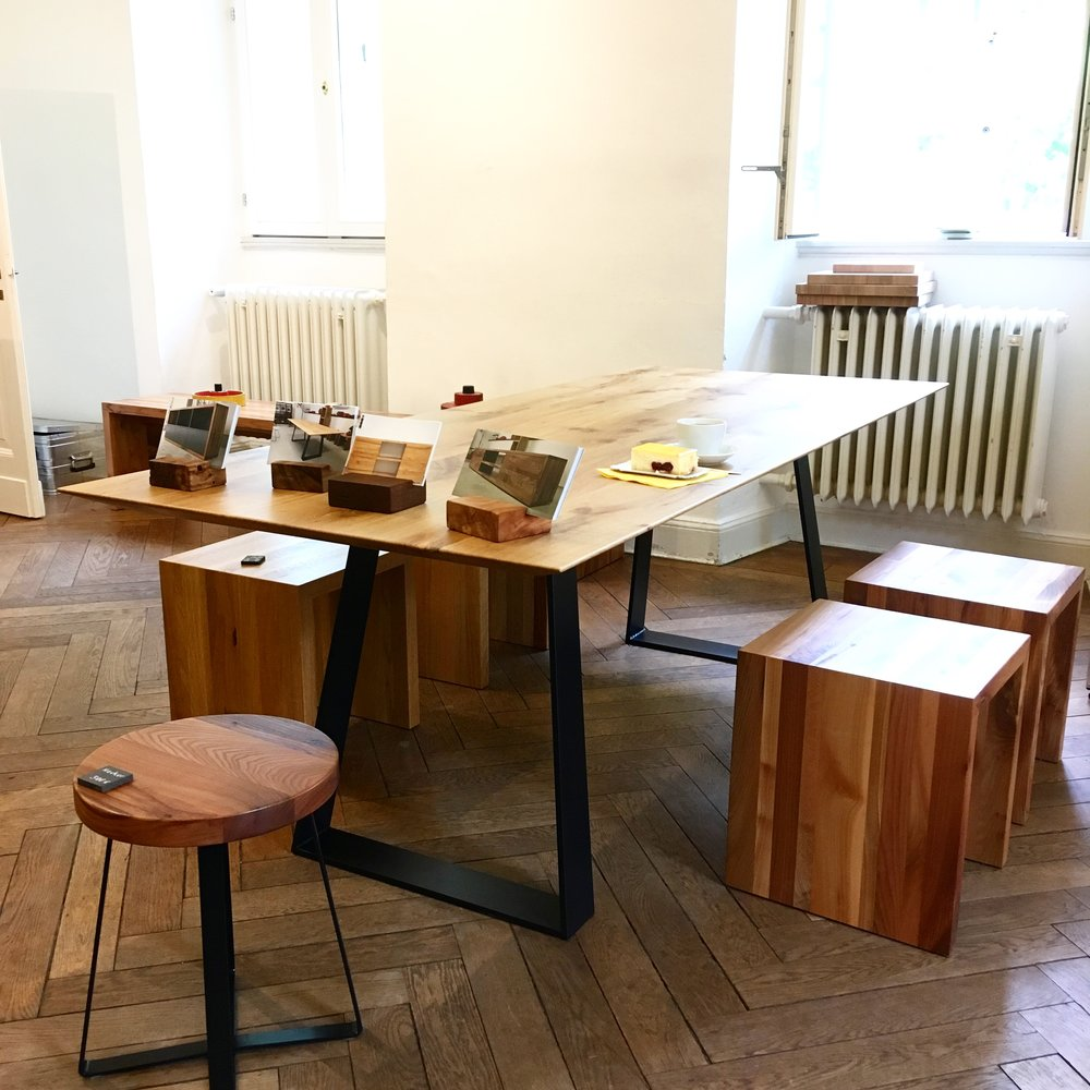 Den Prototypen haben wir bei einer Ausstellung, in der Burg Frankenberg in Aachen Frankenberger Viertel verkauft.