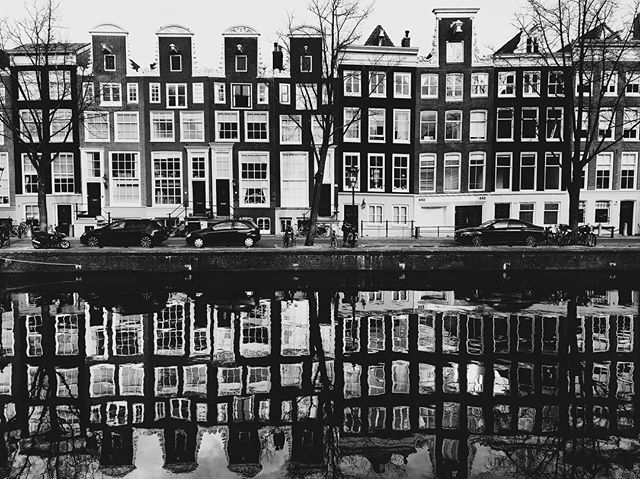 Streets of Amsterdam. #streetstyle #streetlife #amsterdam #canals #blackandwhite #blackandwhitephotography #bnw #