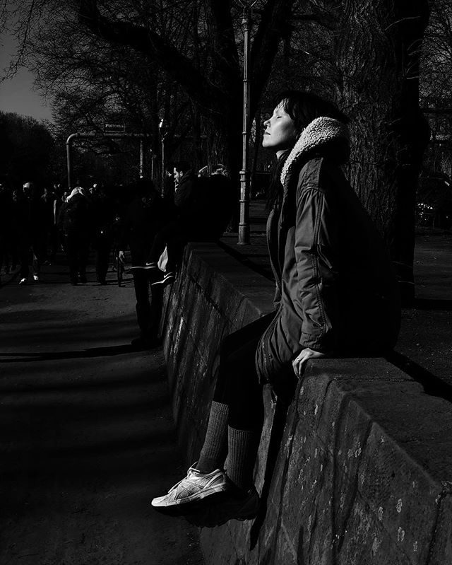 What a day it was! #sunisout #berlin #streetphotography #streetstyle #streetportraits #blackandwhite #bnw #blackandwhitephotography #sunandshadow #kreuzberg