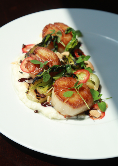 Scallops at OON Restaurant, shot for Chicago Sun-Times SPLASH.