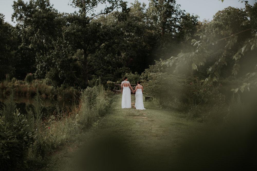 Atlanta_wedding_photographer_Artistic_Destination_same_sex_couple_Decatur_GA_Georgia_Wahoo_Grill_Pine_Lake_Beach_House-253.jpg