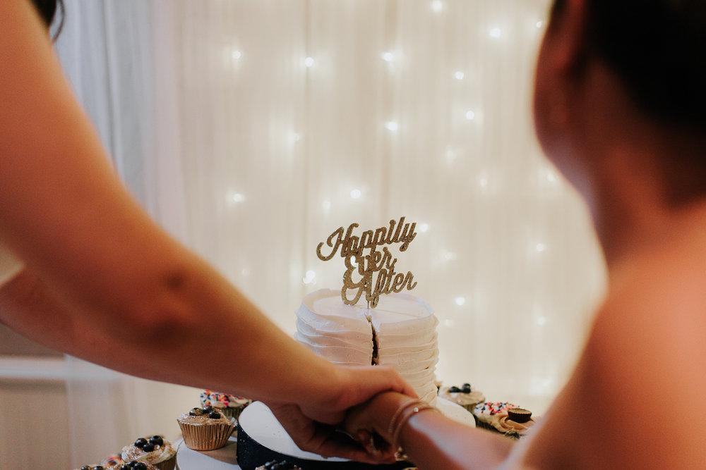 Atlanta_wedding_photographer_Artistic_Destination_same_sex_couple_Decatur_GA_Georgia_Wahoo_Grill_Pine_Lake_Beach_House-406.jpg
