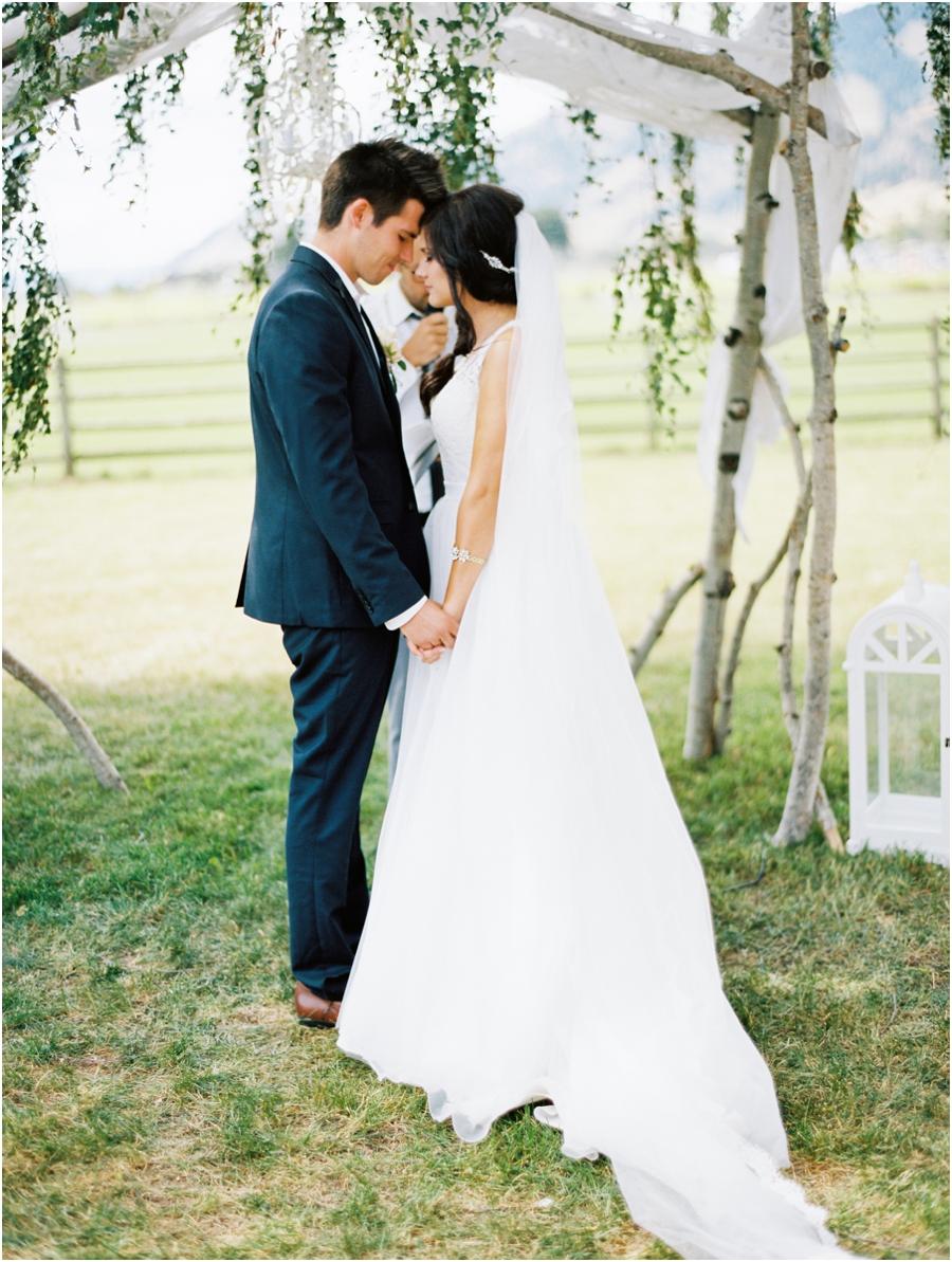 prayer couple wedding_0184.jpg