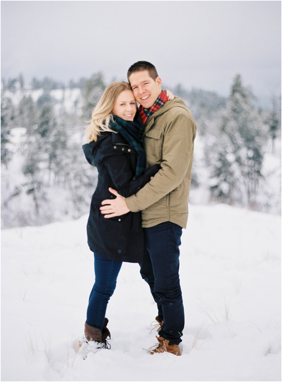 winter engagement photographer_0620.jpg