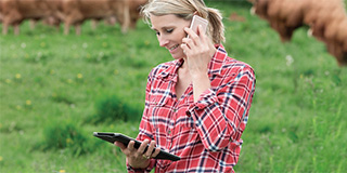 mobile-Farm-Lady.jpg