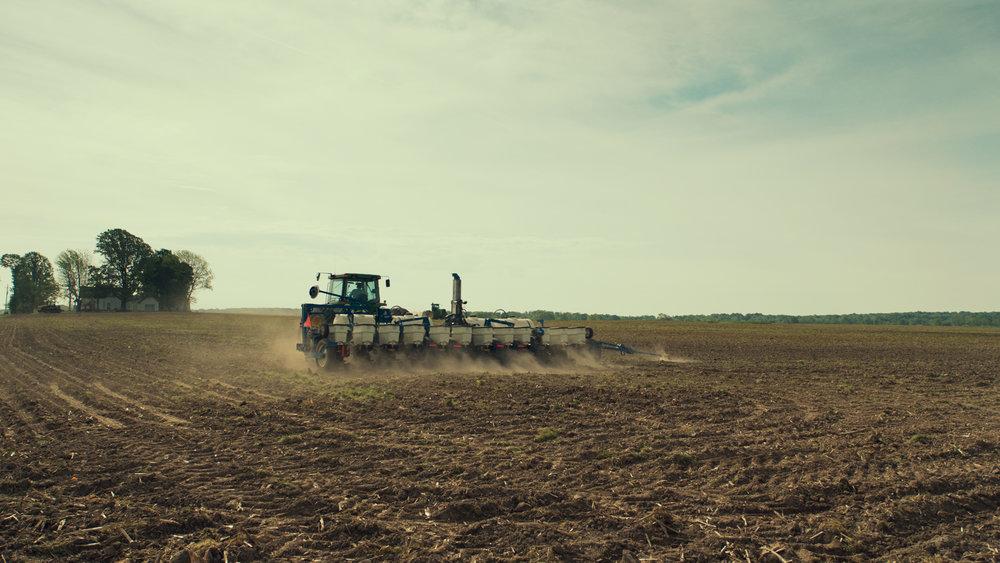 Tractor_MO.jpg