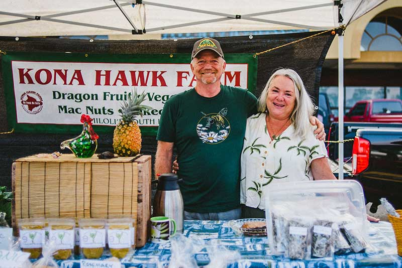 Kona Hawk Farms - Macadamia nuts, avocados, fruit, baked goods, greens and fresh herbs. Visit Kona Hawk Farms for more information.Doug and Sabina PittmanP.O. Box 225, Honaunau, HI 96726