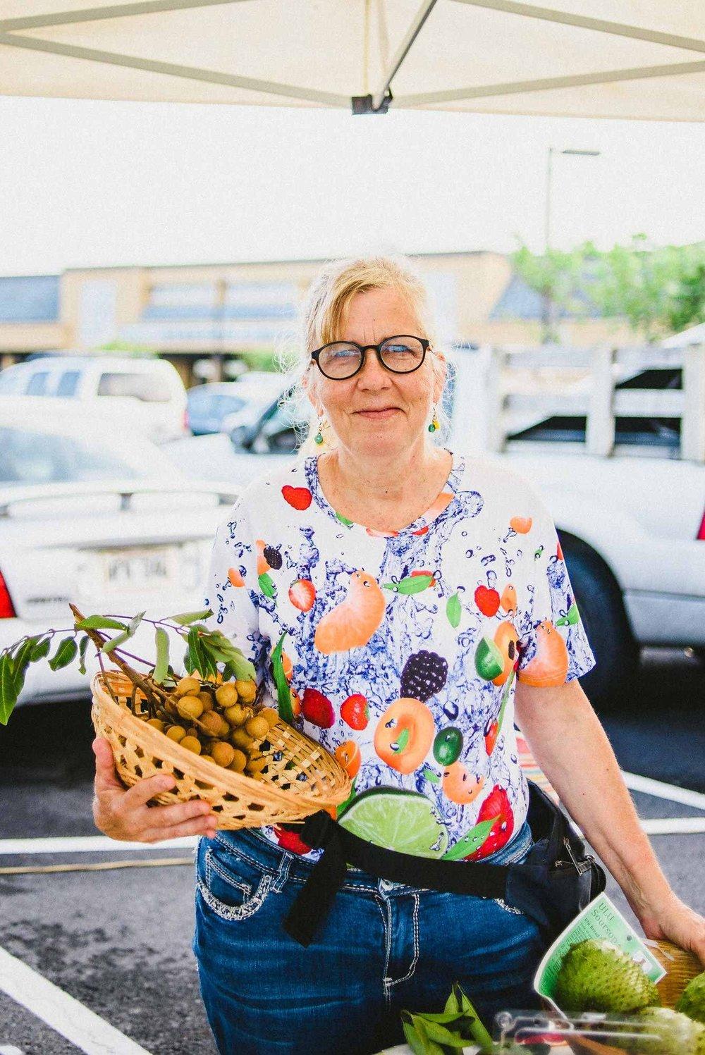 Keauhou-Farmers-Market-Kona-05.jpg