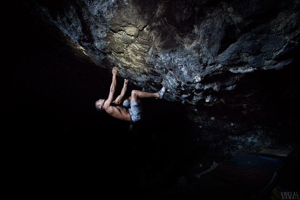 Jimmel Dumas cranking on The Elitist Warmup (V1) in The Future Cave. PC: Dave Chat / Unreal Hawaii