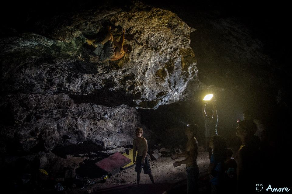 bouldering hawaii future cave bossy