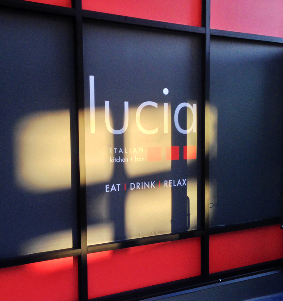 lucia-gl-011.jpg