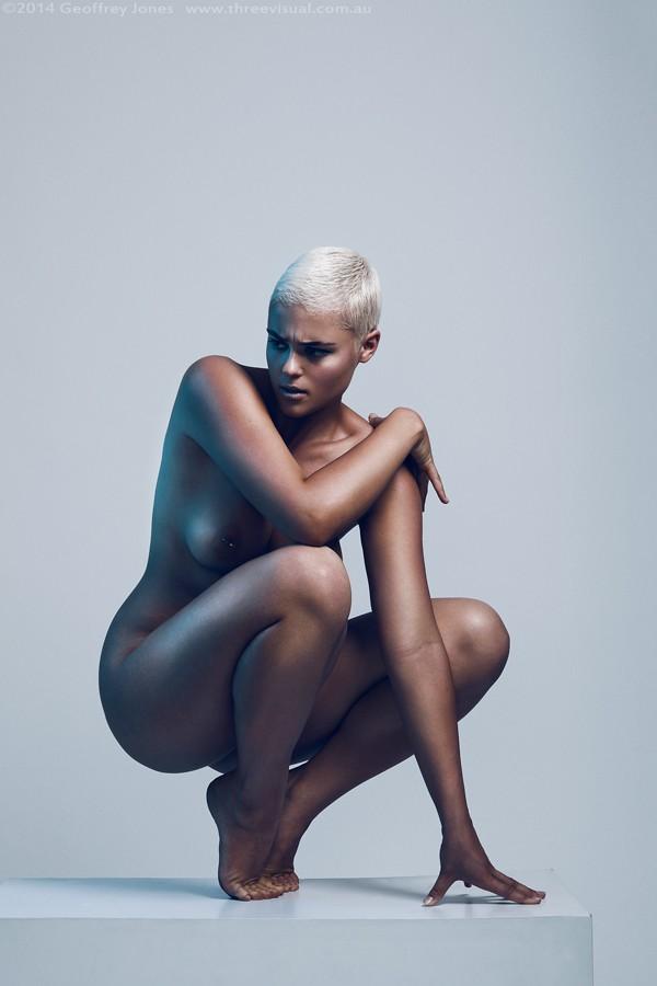 Stef-Nude-Blue-01