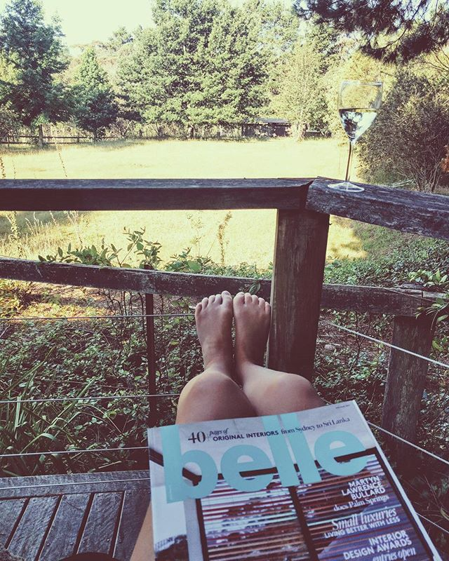Blue mountains chill time #bellemagazineau #design #weekend #bluemoutains #interiorinspiration #bellemagazine #interiordesign #design