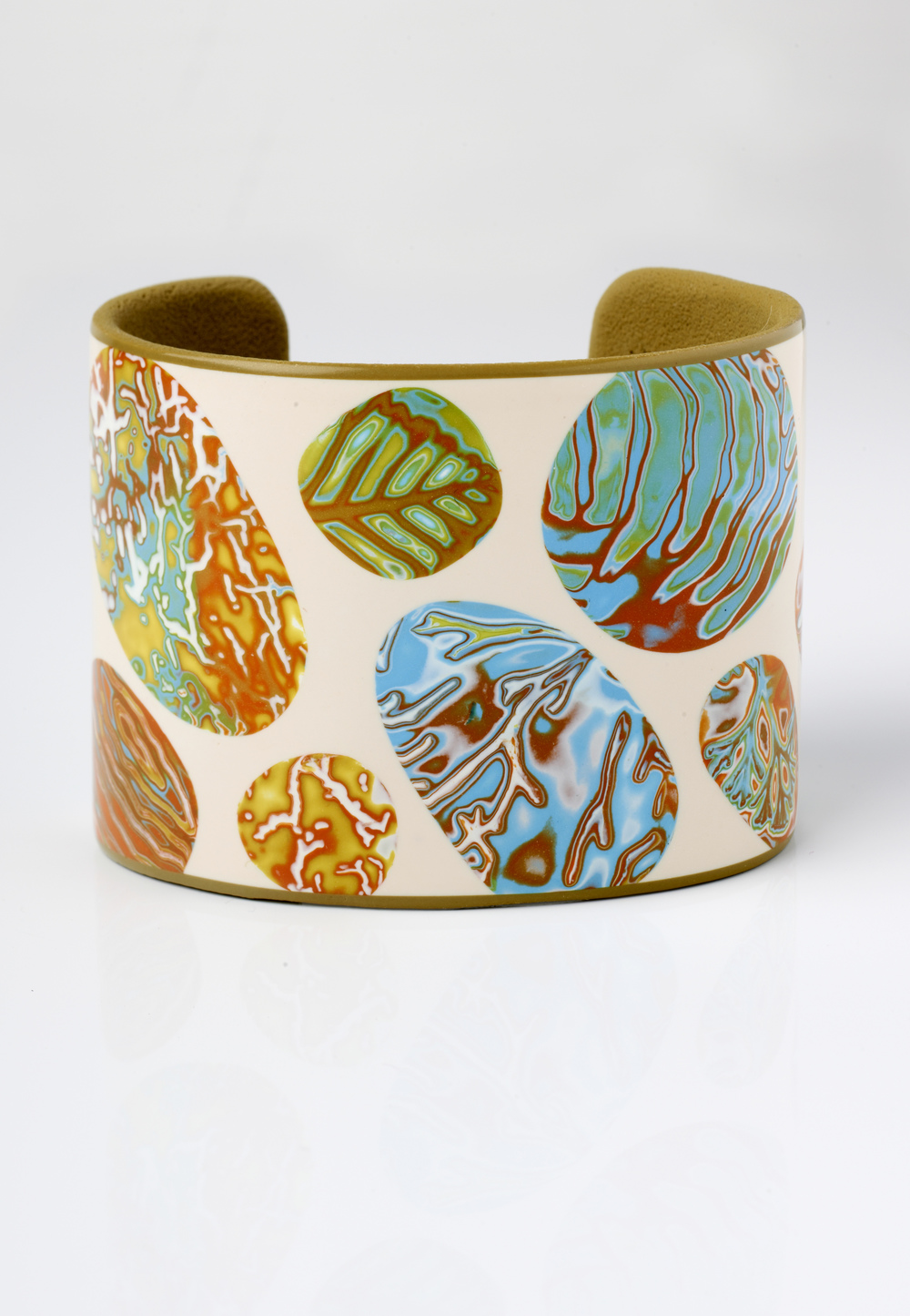 Melanie Muir Beach Pebbles Simple Cuff (high res).jpg