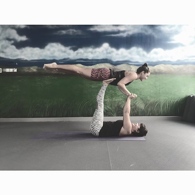 Looking forward to reuniting with my crazy Yogi @emmerkins check out Her Art of Assiting Workshop @inspiremeyogadubai #MoveAdaptEvolve #womeninfitness #yoga #yogainspirtation #movement #love #life #fit #fitness #exercise  #chaturanga #yoga #inspiration #pilates #instagood #life #ACROVINYASA #workoutmotivation  #yogalove #wellness #yogini  #yogaeverywhere #instayoga #onebreathatatime #igyoga #yogainspiration #iloveyoga #yogaeverydamnday