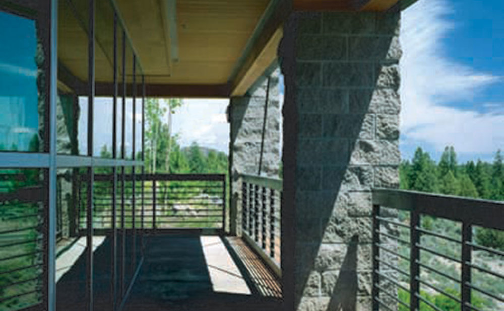 Bend---balcony.jpg