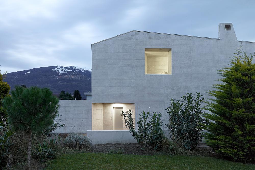Maison-Fabrizzi-Savioz-Fabrizzi-Architectes-5.jpg