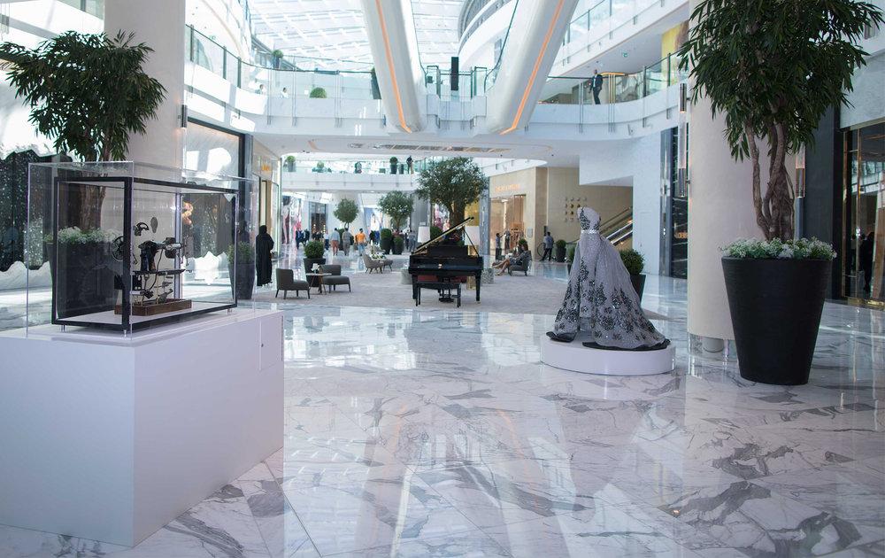 The Dubai Mall - Fashion Avenue interior.jpg