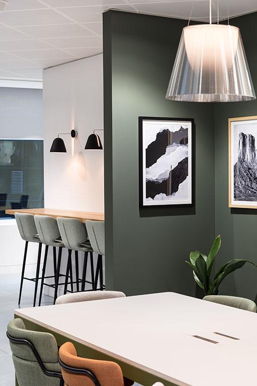 central-working-reading-coworking-kinnersley-kent-design-workspace-art2.jpg