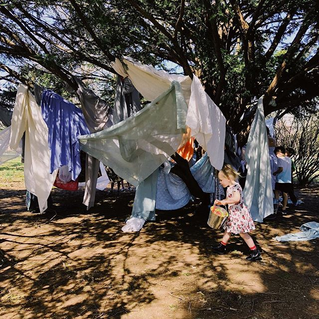 Cutest idea for a kid party ever: guests were asked to bring an old sheet, blanket, or towel to help build a fort in the park. Mac had a blast with his buddies.