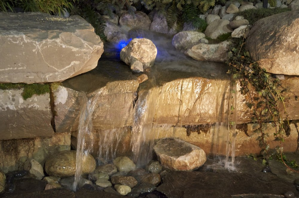 9 Water Feature Close Up.jpg