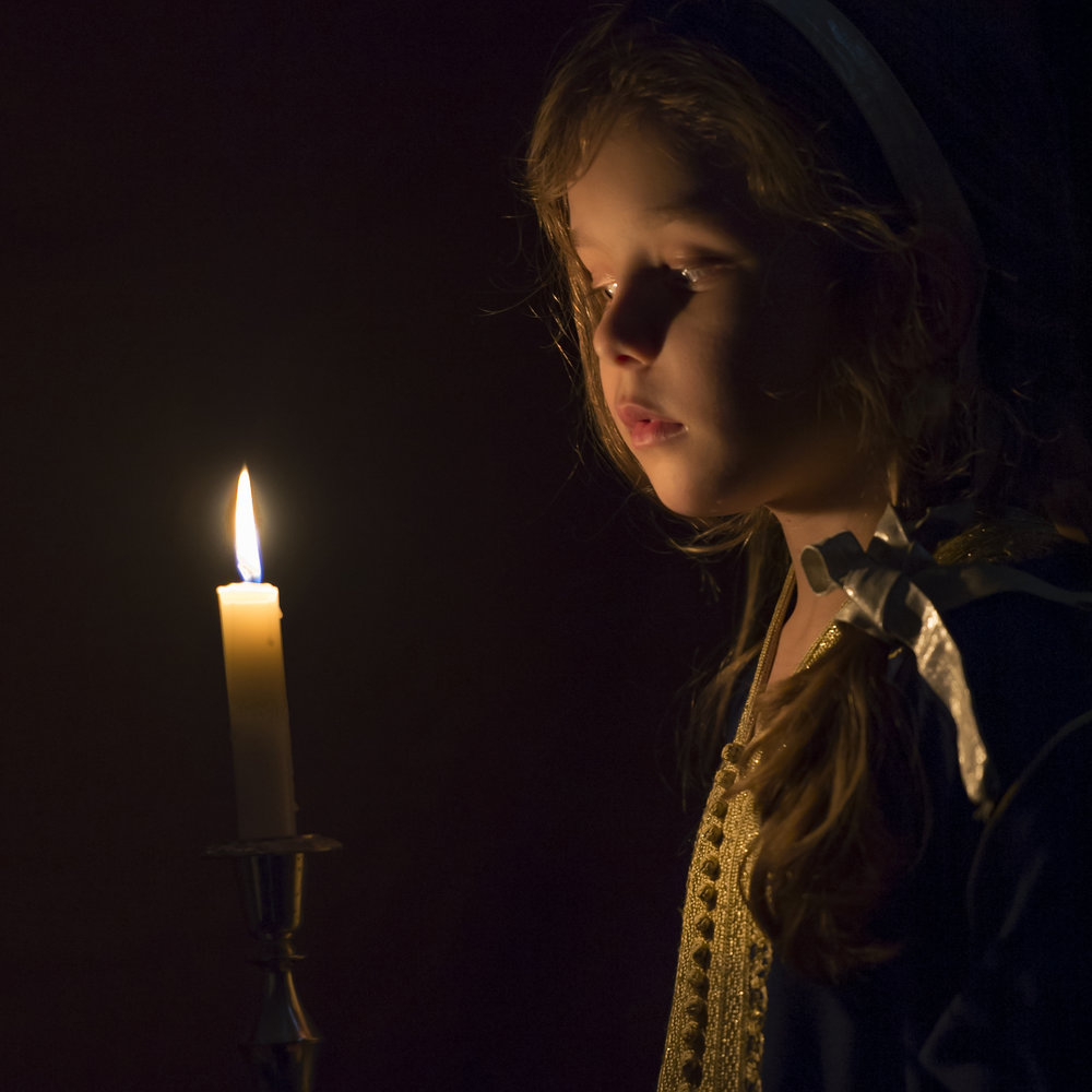 girl-with-candle.jpg