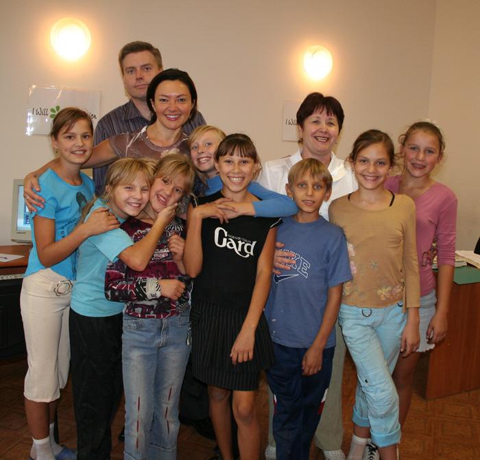 2006 Nikolaev Orphanage Visit Computer Class_09.jpg