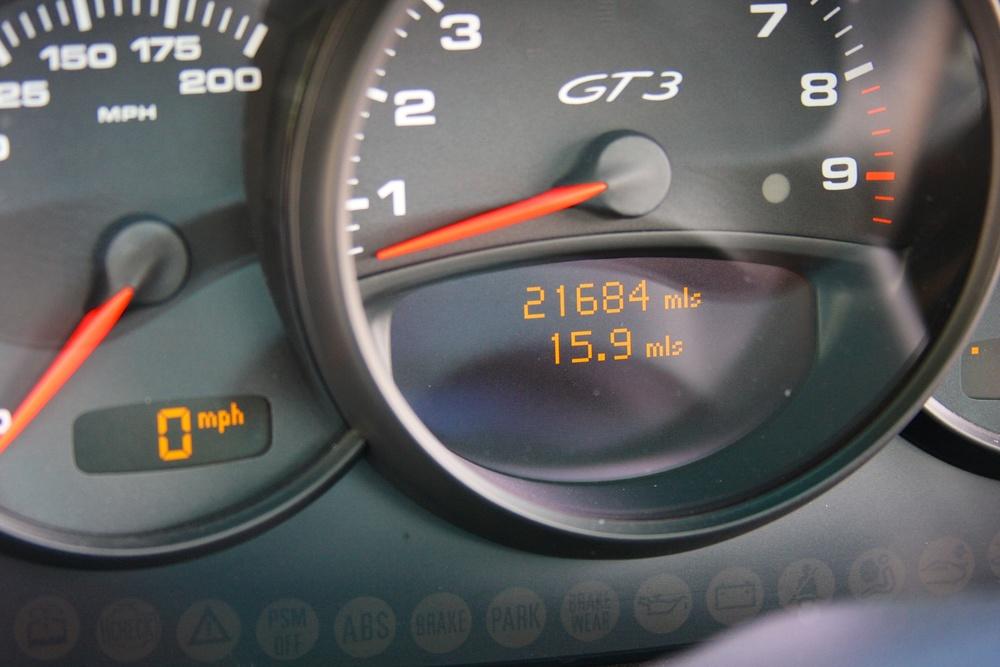 2004 Porsche 911 GT3 (4S692280) - 16.jpg