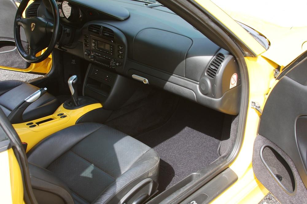 2004 Porsche 911 GT3 (4S692280) - 18.jpg