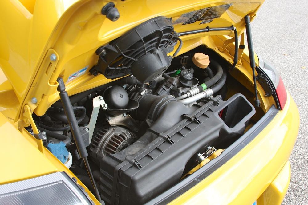 2004 Porsche 911 GT3 (4S692280) - 20.jpg