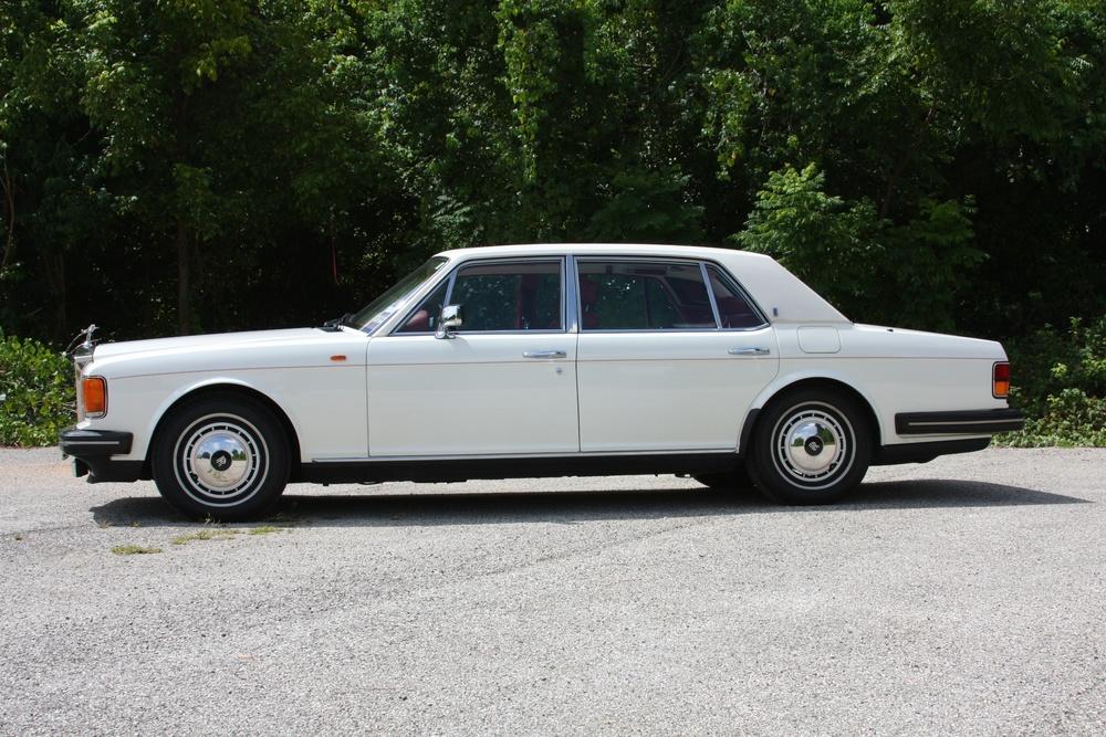 1991 Rolls-Royce Silver Spur II (MCX34449) - 06.jpg