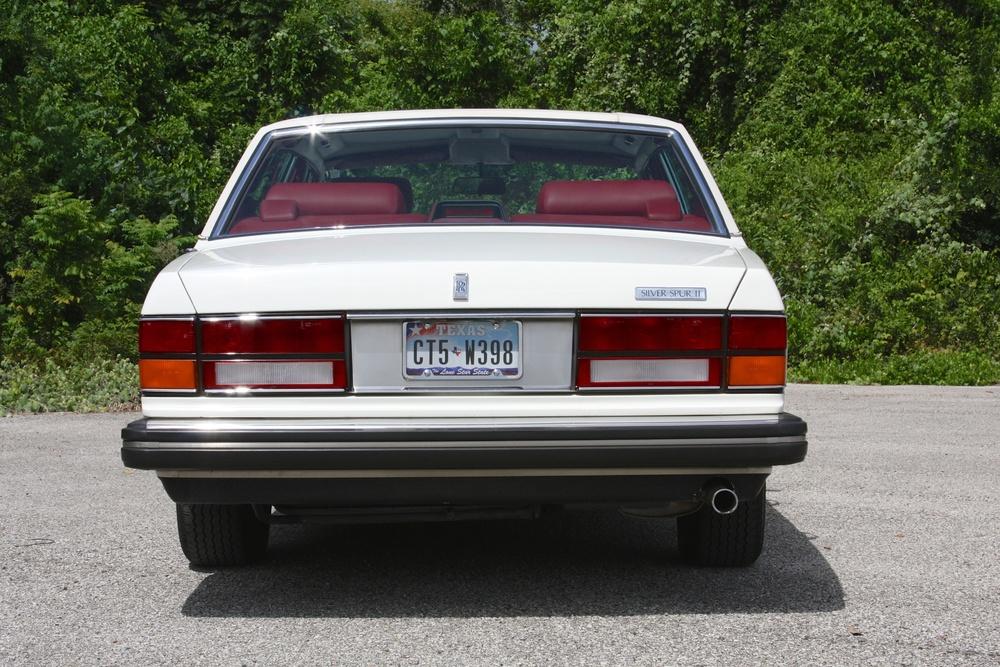 1991 Rolls-Royce Silver Spur II (MCX34449) - 09.jpg